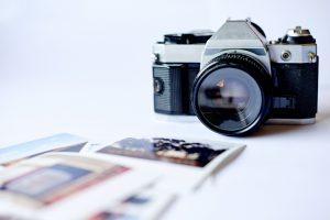 High angle shot of a photographer's deskhttp://195.154.178.81/DATA/i_collage/pu/shoots/806211.jpg